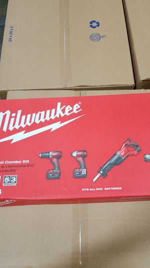 Milwaukee M18 4-tool combo kit for Sale in Elk Grove, CA