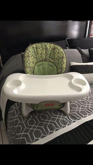 Fisher-Price Healthy Care Booster Seat. Silla de comer para bebé. for Sale in Hialeah, FL