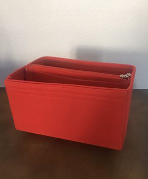 Purse tote M insert shaper 4 many bags for Sale in Tracy, CA