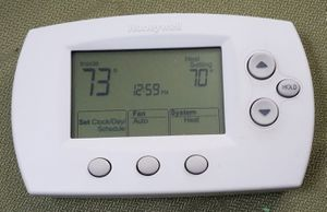 Honeywell Thermostat TH6110D1021 for Sale in Beaverton, OR