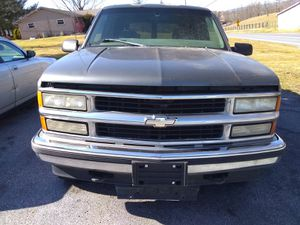 1999 Chevy Tahoe parting out or buy for Sale in Womelsdorf, PA