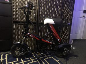 MEIYATU Electric Bike,Folding Electric Bicycle E-Bike Scooter 250Watts for Sale in Los Angeles, CA