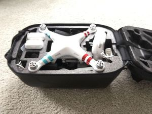 DJI Phantom 3 Standard (w/ backpack case) for Sale in Chapel Hill, NC