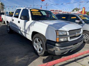-2005-Chevy-Silverado-MUY FACIL DE LLEVAR- for Sale in Baldwin Park, CA
