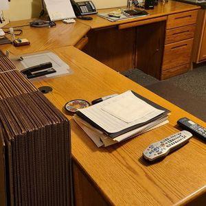 Great Computer Desk for Sale in Millstone, NJ