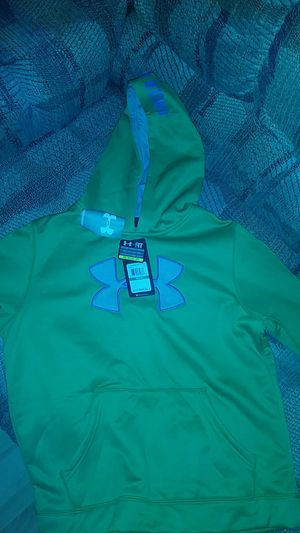 Underarmor pullover for Sale in Gadsden, AL