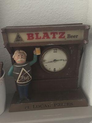 Antique Blatz Beer lighted clock for Sale in Georgetown, TX