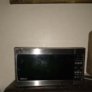Microwave 40 for Sale in Chico, CA