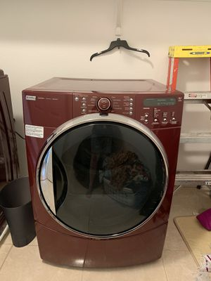 Kenmore Elite HE 5 steam Dryer good used condition, washer broken can take for free if wish to try to fix, asking 50 for dryer for Sale in Las Vegas, NV