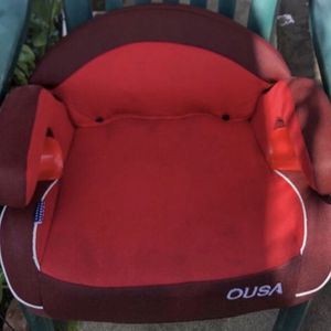 Red booster car seat for kids for Sale in Long Beach, CA