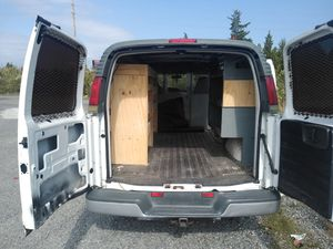 02 Chevy Express runs very good ready for work 2350 for Sale in Atlantic City, NJ