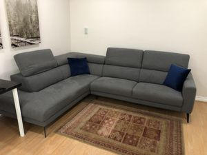 """9'6"""" x 7'6"""" Large Sectional Couch for Sale in Santa Monica, CA"""
