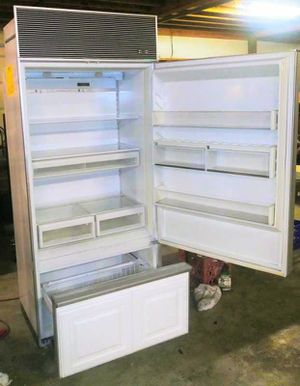 Sub-Zero model 550 (panel ready) works great! for Sale in Tooele, UT