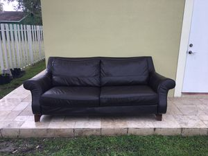 Brown leather couch for Sale in Miami, FL