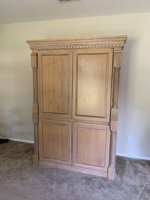 Beautiful Solid Wood Entertainment System for Sale in Pensacola, FL