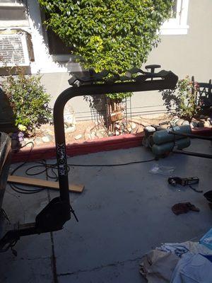 Bike rack hitch fits 4 bikes for Sale in San Jose, CA