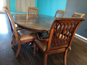 6 Seater Dinning Table Set - Solid and Elegant for Sale in Ashburn, VA