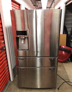 Samsung refrigerator for Sale in Orange Park, FL