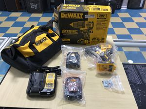 DeWALT ATOMIC COMPACT SERIES HAMMER DRILL KIT for Sale in Dearborn Heights, MI