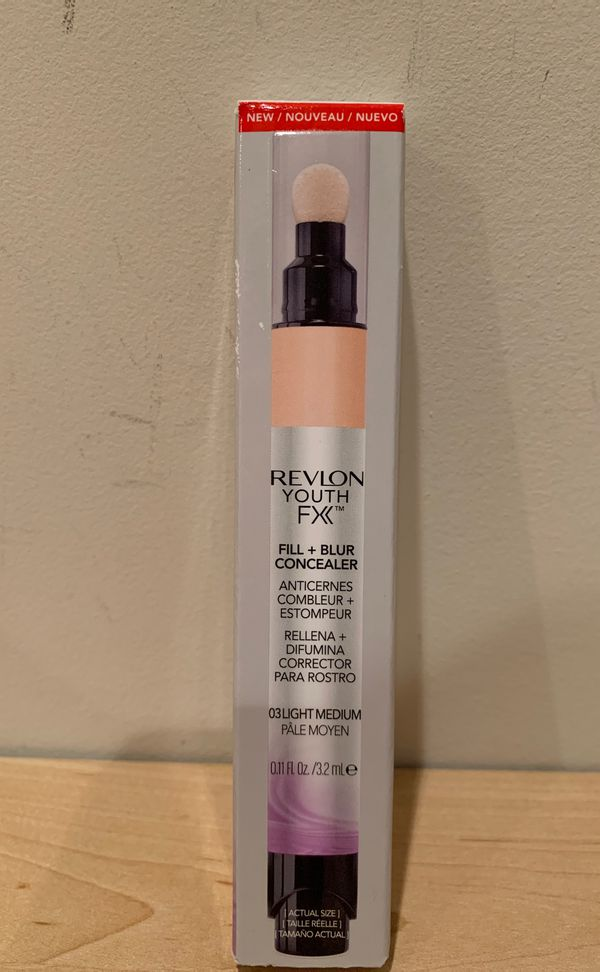 Revlon Youth FX fill + blur concealer in light medium