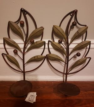 Decorative Leaf and Berry Metal Candle Plant Wall Sconce Holder Art NEW for Sale in Atlanta, GA