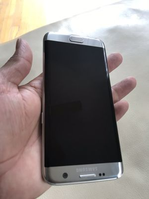 Samsung galaxy 7 edge at&t like new perfect conditions imei clean for Sale in Washington, DC