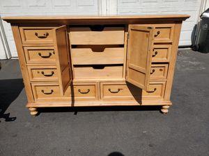 Dresser & night stad for Sale in San Jose, CA
