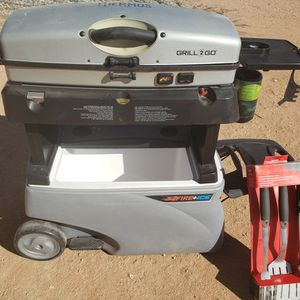 Fire & Ice Cooler/ Grill Combo for Sale in Apple Valley, CA