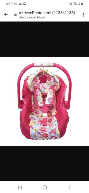 Baby doll carseat for Sale in Cleveland, OH