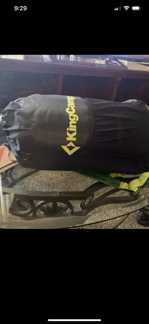 Brand new King Camp Junior 200 sleeping bag for Sale in Sacramento, CA