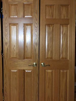 Solid oak double closet door 48' wide and 82'height for Sale in Lemont, IL