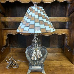 Antique Stained Glass Table Lamp for Sale in Forney, TX