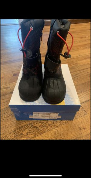 Dream pair snow boots size 13 for Sale in Hicksville, NY