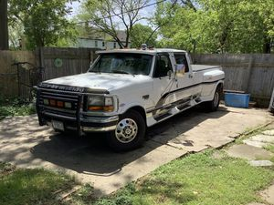 1997 Ford F350 (Low Miles) for Sale in Milwaukee, WI