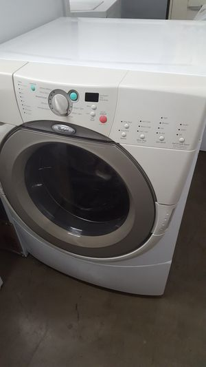WHIRLPOOL DUET FRONT LOADER WASHER DRYER GAS SET for Sale in Mission Viejo, CA