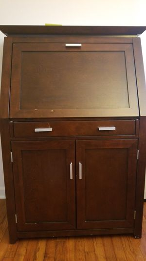 Desk/cabinet for Sale in Watchung, NJ