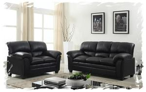 Black leather sofa and loveseat for Sale in NEW CARROLLTN, MD