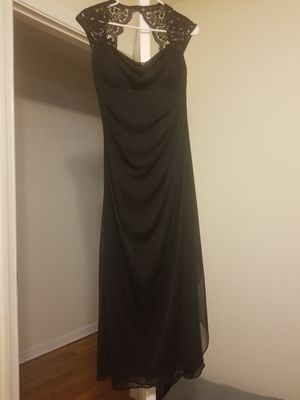 David's Bridal Black Bridesmaid Dress Size 4P for Sale in Hampton, VA