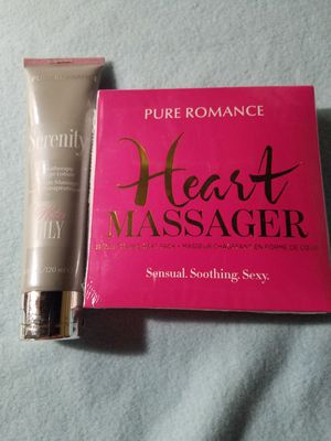 Pure Romance Massage Bundle for Sale in Corning, CA