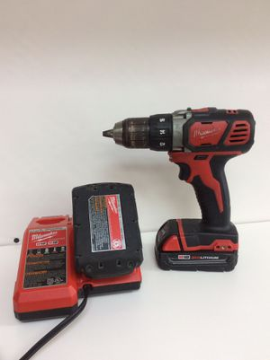 Milwaukee drill with two batteries and charger for Sale in Oakland Park, FL
