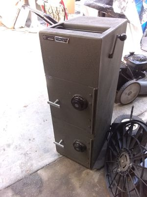 Depository dual combo safe for Sale in Portland, OR