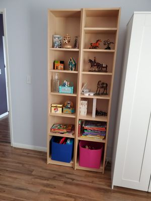 2 Bookshelves for Sale in Santa Clarita, CA