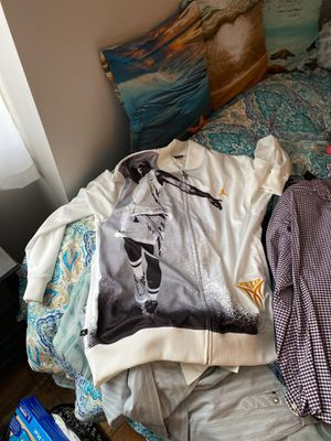 Never worn or gently used clothes for Sale in West Haven, CT