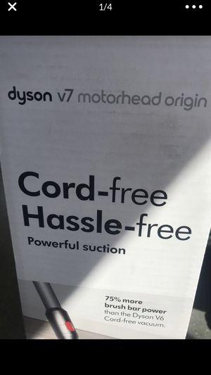 V7 dyson Motörhead orgin vacuum for Sale in San Leandro, CA