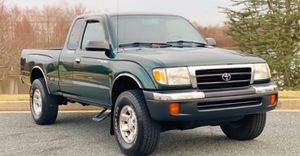 #TRUCK RUNS 100%# TOYOTA TACOMA 2000 THE TRUCK HAVE NEW INGINE (V-8 TURBO) SUPER CLEAN INSIDE URGENT FOR SALE ! for Sale in Montgomery, AL