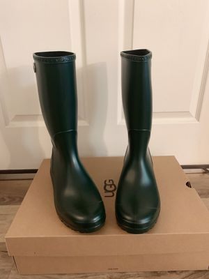 100% Authentic Brand New in Box UGG Shelby Matte Rain Boots / Women size 12 / Color: Olive for Sale in Pleasant Hill, CA