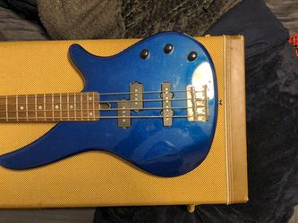 Yamaha Rbx170 With Amp for Sale in Kirkland,  WA