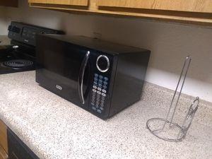 900 watz Sunbeam BLK microwave for Sale in Mesa, AZ