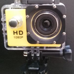 1080 HD Yellow Sports Action Camera for Sale in Oklahoma City, OK