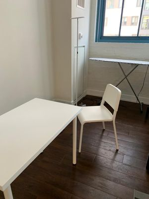Table and chair like new for Sale in Philadelphia, PA